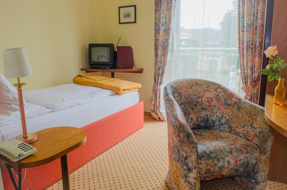 Pension Ria Einzelzimmer-Doppelzimmer Einzelbett