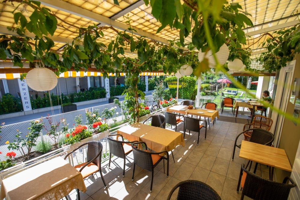 Pension Ria Frühhstücks-Terrasse